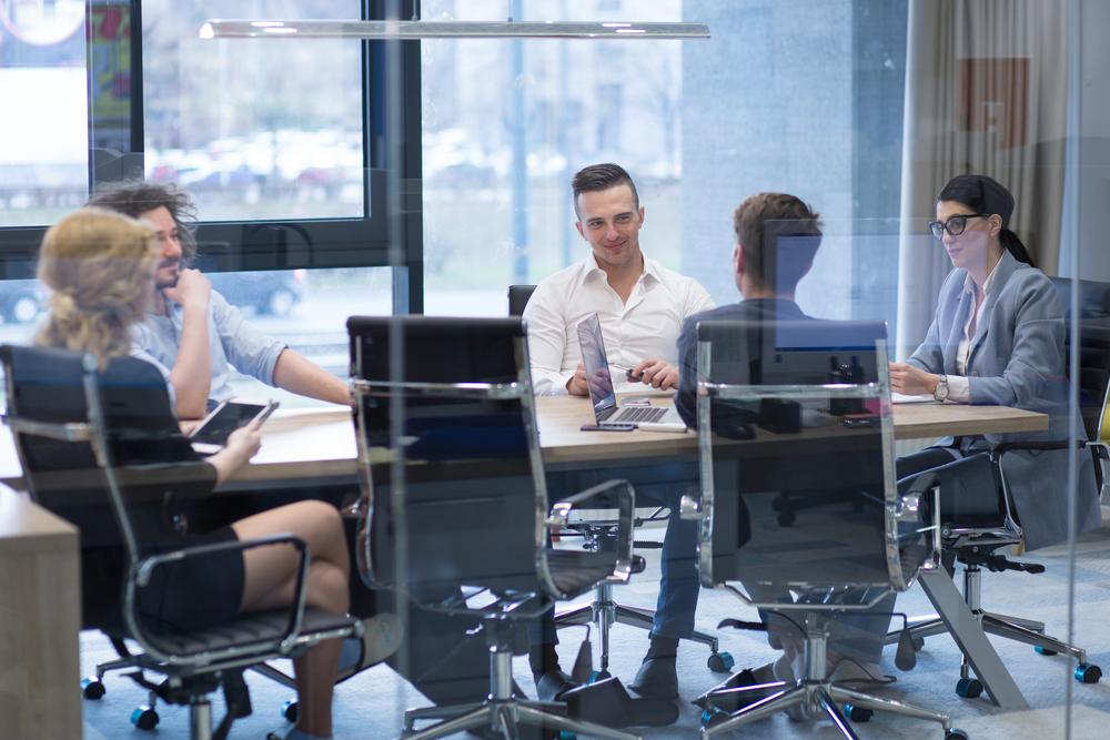 転職について同期・同僚へ伝えるタイミング