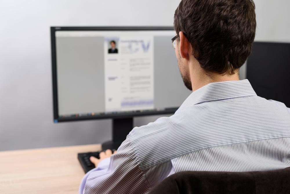 履歴書の資格欄に書くと有利な資格とは?