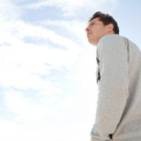 自分を好きになれない心理の原因・自信を回復させる働き方