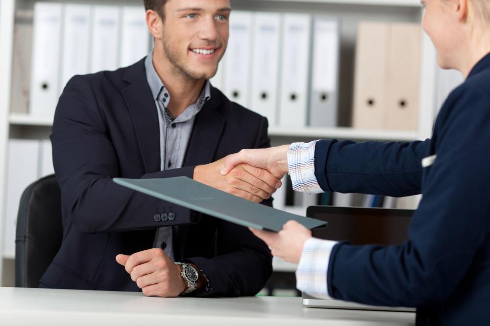 ヘッドハンティングで転職する場合のステップや注意点など知っておきたいポイント