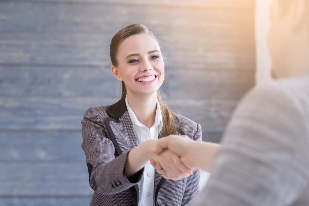 第二新卒の転職が有利になる時期や成功のポイントについて
