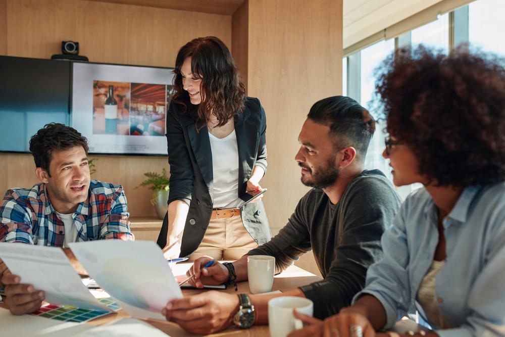 広告業界に転職したい人必見!活用できる資格や経験について