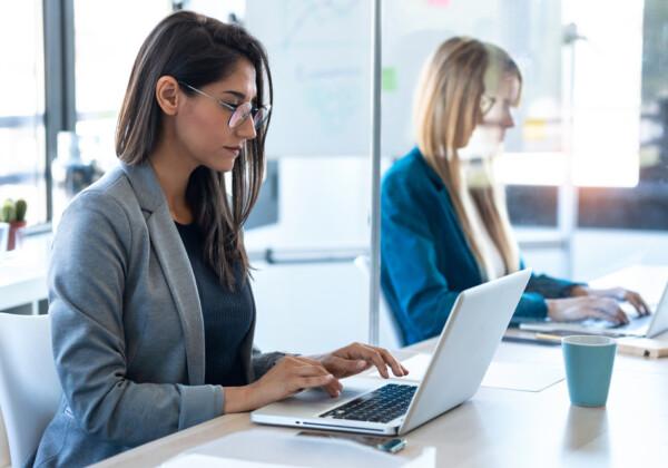 転職回数が多い人は不利なの?弱みを強みに変える転職のコツ