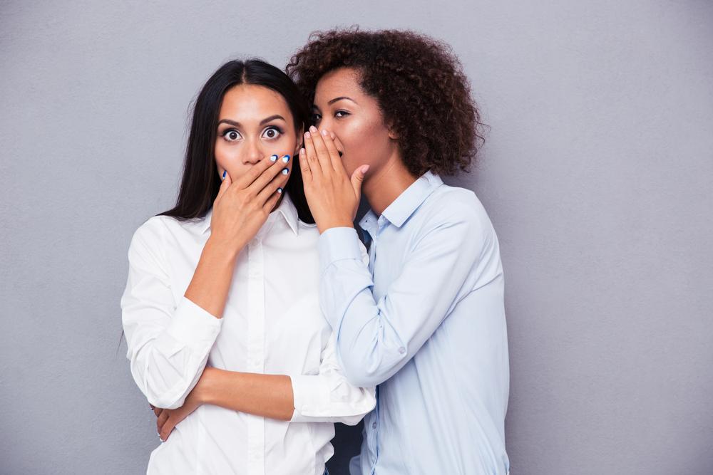 噂好きの人は心理的にどんな理由があるのか?他人の噂話をうまくかわす方法